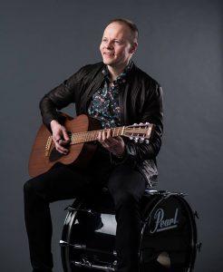 muusikko, laulaja-lauluntekijä Sami Karu